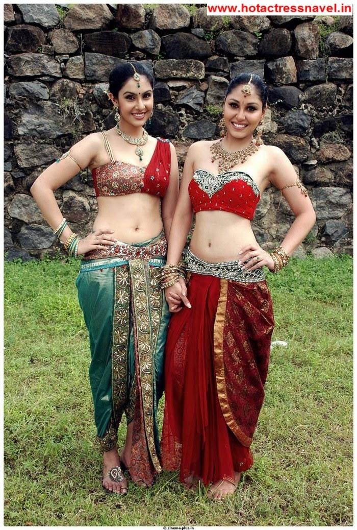 Pooja Chopra and Divya Parameshwaran Hot Navel Show and Hip Show In Rajakota Rahasyam Set 3