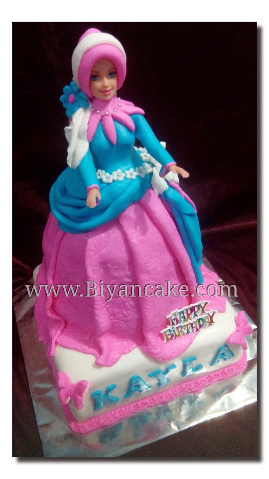 BIyanCakes: Toko Kue Online di bekasi : Barbie cake Muslimah ~ Kayla