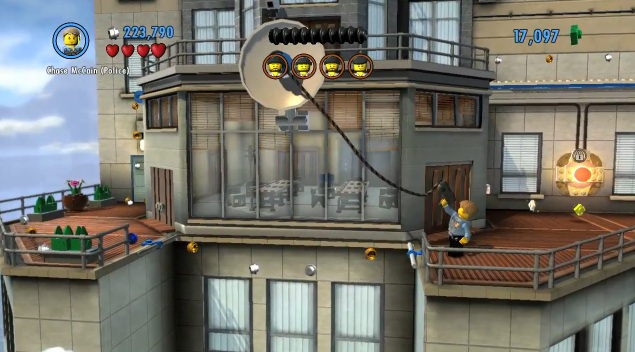 Chase McCain using Grapple Hook in Lego City: Undercover