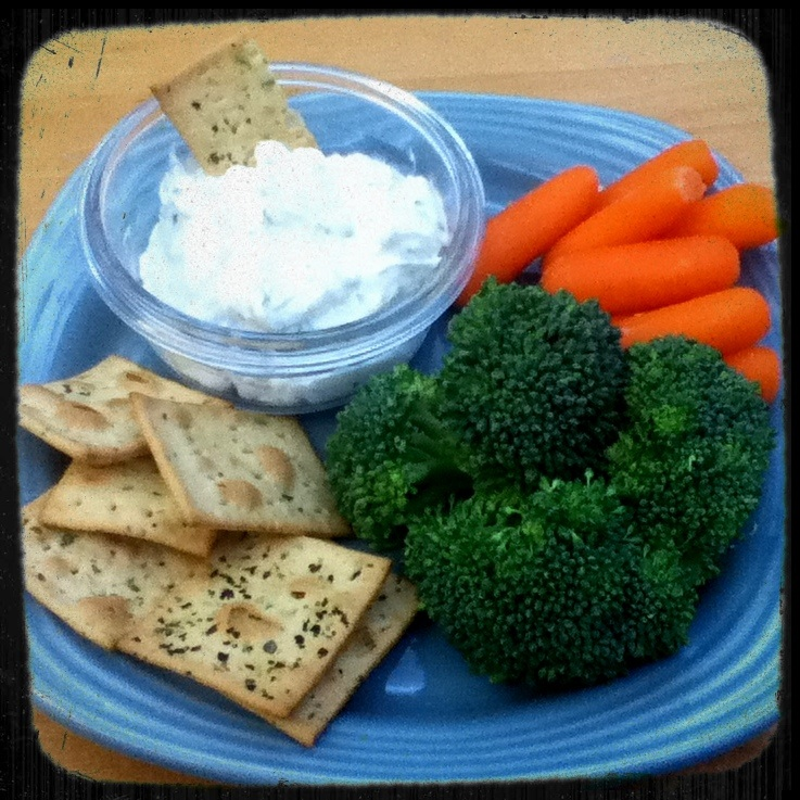Living the sweet life mind the thorns fat free veggie cracker dip with a really good base dip for veggies and crackers once you make the base you can add anything else you want to customize this and make it your own solutioingenieria Images