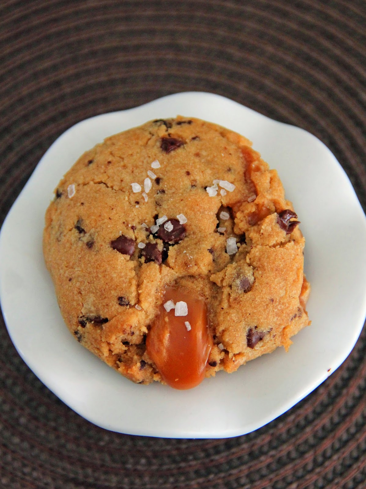 Jo and Sue: Mocha Browned Butter Salted Caramel Cookies