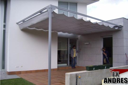 Toldo plano en esquina fx y la protecci n solar for Guia aluminio para toldo