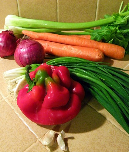 Carrots, Celery, Onion, Green Onion, Garlic, Red Bell Pepper