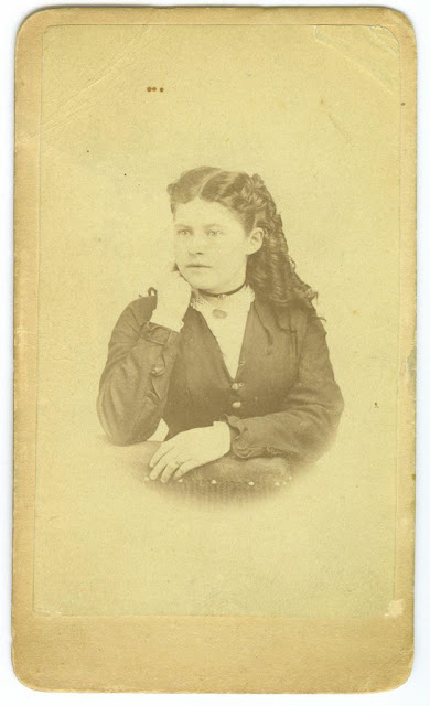 Alice Barbara (Vaughan) Parsons at 18yo
