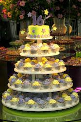 Torre de bolo & cupcake