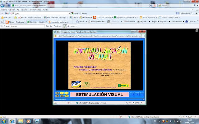 Se muestra un visor de con la imagen ampliada al hacer click y un fondo negro