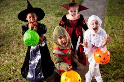 Halloween Safety Tips for Your Trick-or-Treating Kids