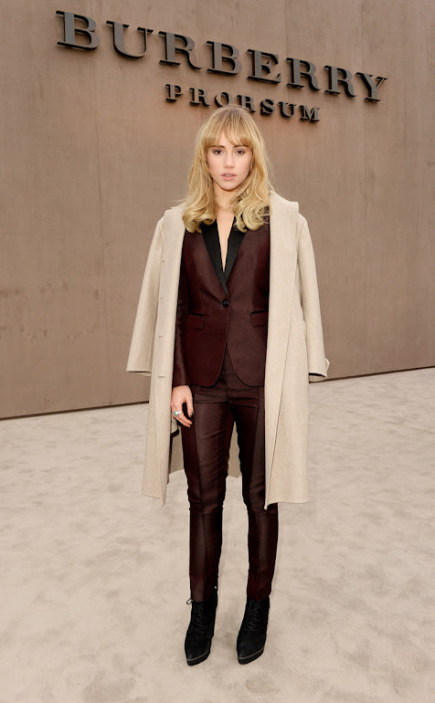 Suki Waterhouse wearing Burberry