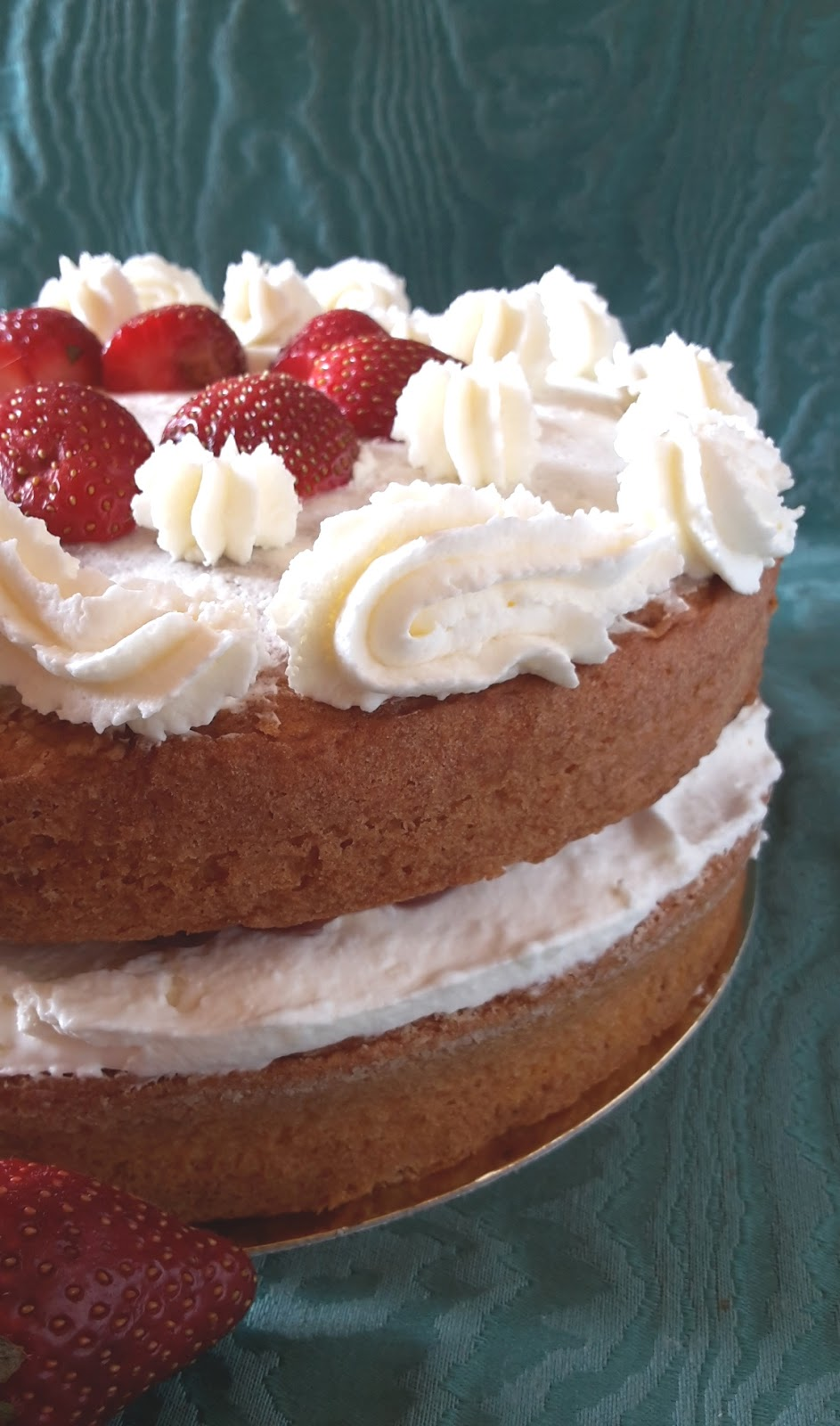 Queen Victoria Sponge Cake Recipe Sur La Table
