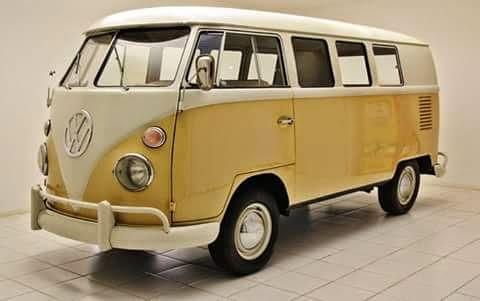Volkswagenbusje met spijltje