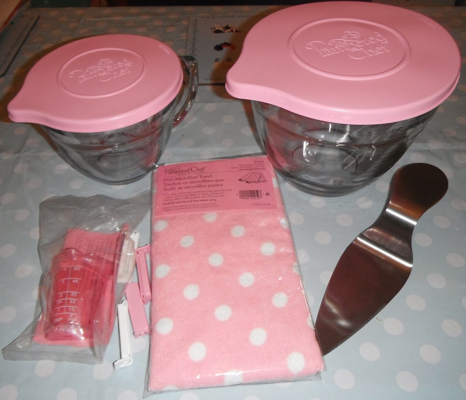 Madhouse Family Reviews: Pampered Chef\'s Pink Range & Raspberry ...