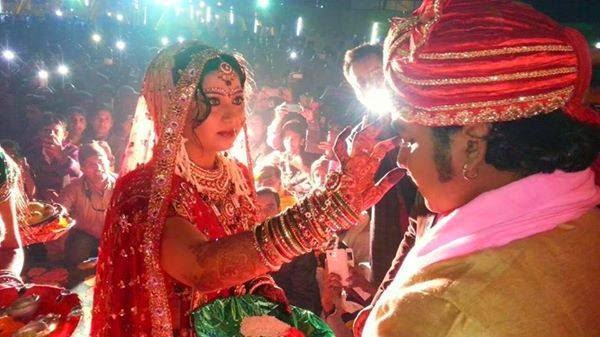 Bhojpuri Actor pawan singh and Neelam married photo