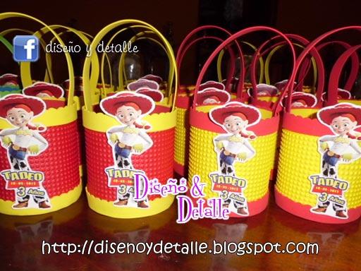 Diseño y Detalle: Sorpresas Infantiles de Toy Story en goma eva (