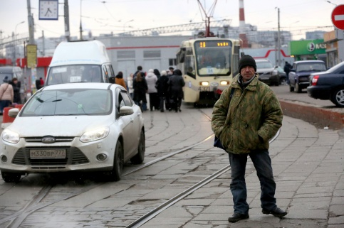Пятьдесят тысяч в месяц я только пропиваю: как живут бездомные в Москве