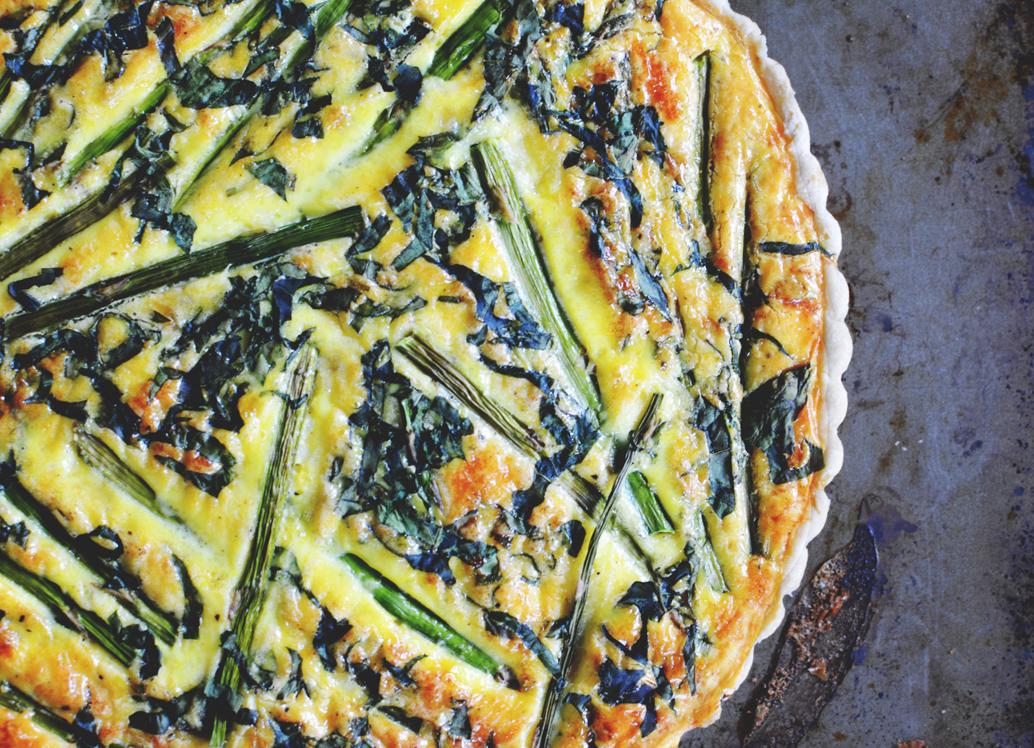 Dreams in HD: Recipe :: Spring Asparagus and Gruyère Tart