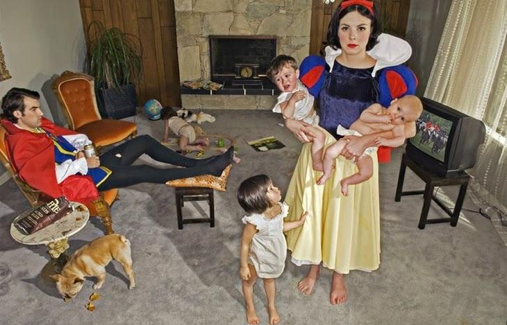 a vida não é um conto de fadas - 4215116403 imagine princesas dos contos de fadas com problemas da vida real uma artista criou uma serie pensand - A vida não é um conto de fadas