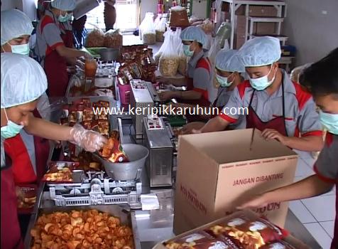 http://www.berita.keripikkaruhun.com/2014/11/pabrik-karuhun-by-keripik.html