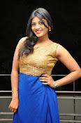 Actress Sowmya glam pics-thumbnail-18