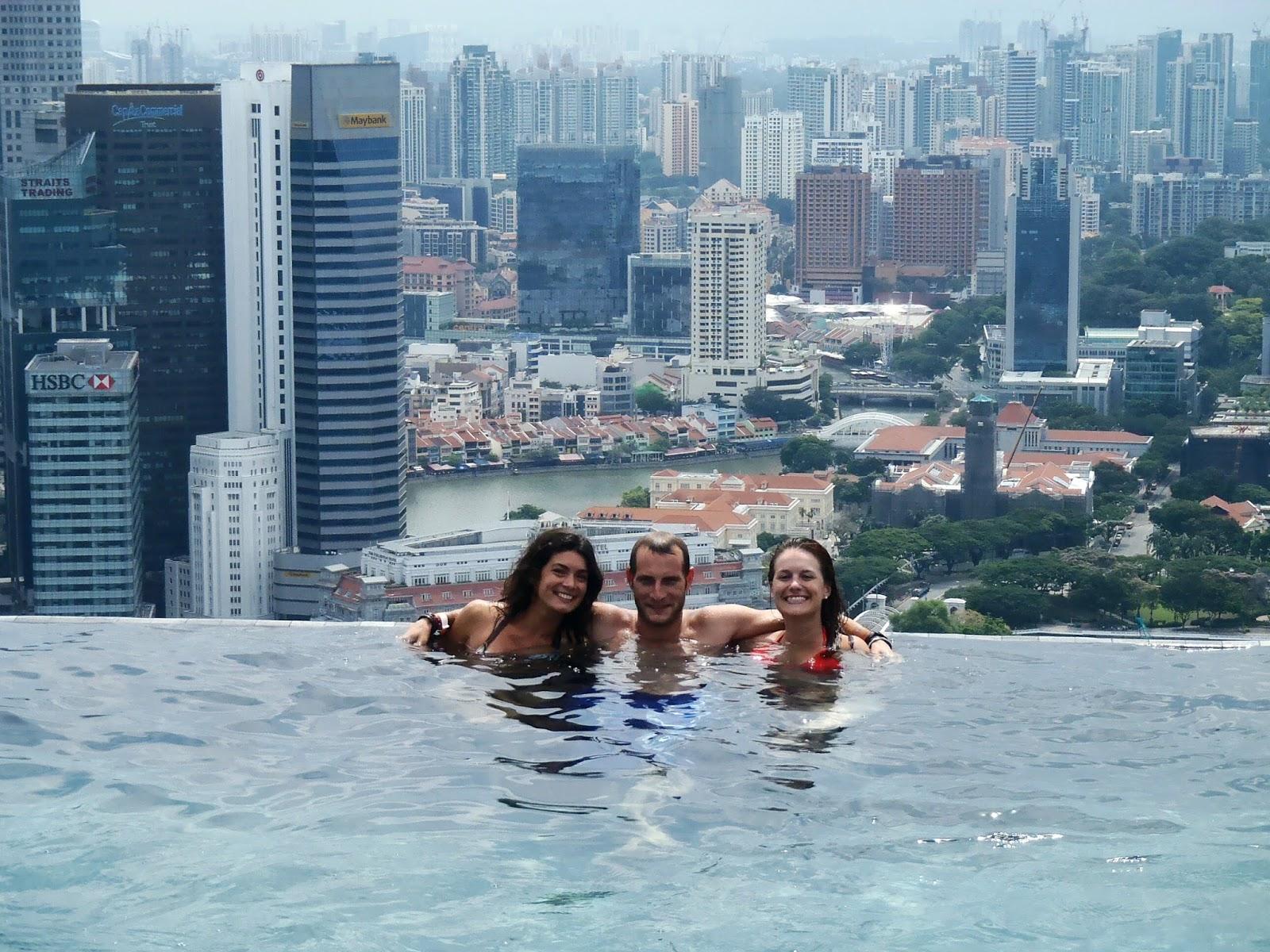 2 amoureux autour du monde kuala lumpur singapour for Cloyes sur le loir piscine