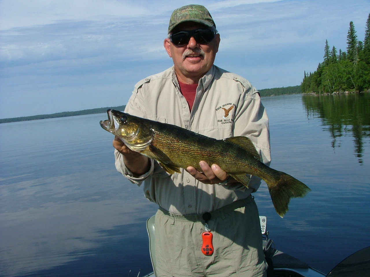 Eagle falls lodge red lake and parker lake fishing report for Red lake fishing