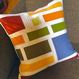Modern Maples Pillow : K&S Design Girls: Scrappy Modern Maple Quilt Finish?.