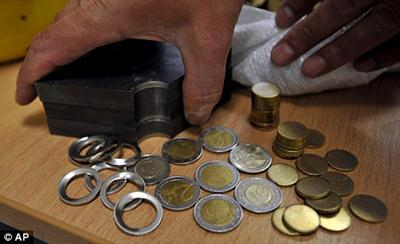 Greece Police Seized Fake 2 Euro Coins Lunaticg Coin