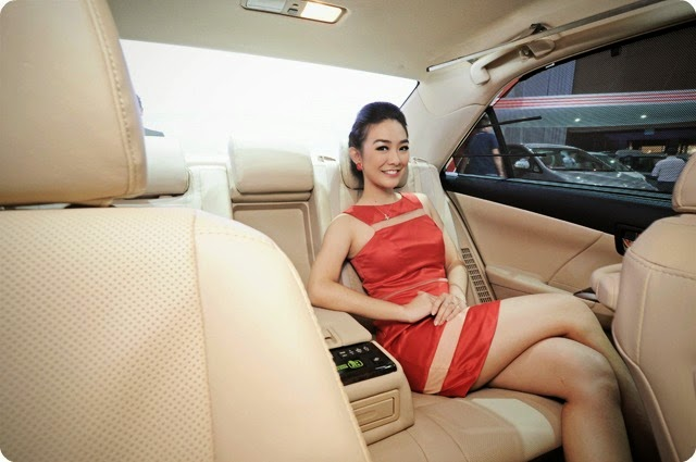 SPG Toyota Camry Hybrid IIMS 2014