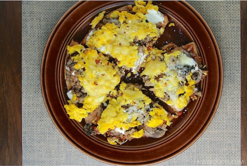 Scrambled egg pizza 1 (c)nwafoodie