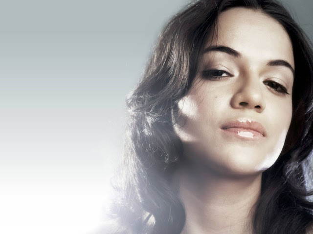 Michelle Rodriguez  have a beautiful face
