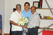 Nagarjuna Birthday Celebrations Photos Stills-thumbnail-13