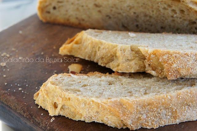 Pão semi integral de batata e castanha do Pará