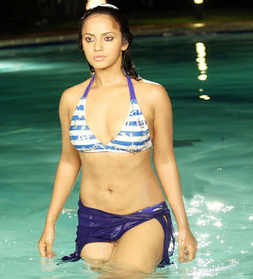 neetu chandra actress hot pics