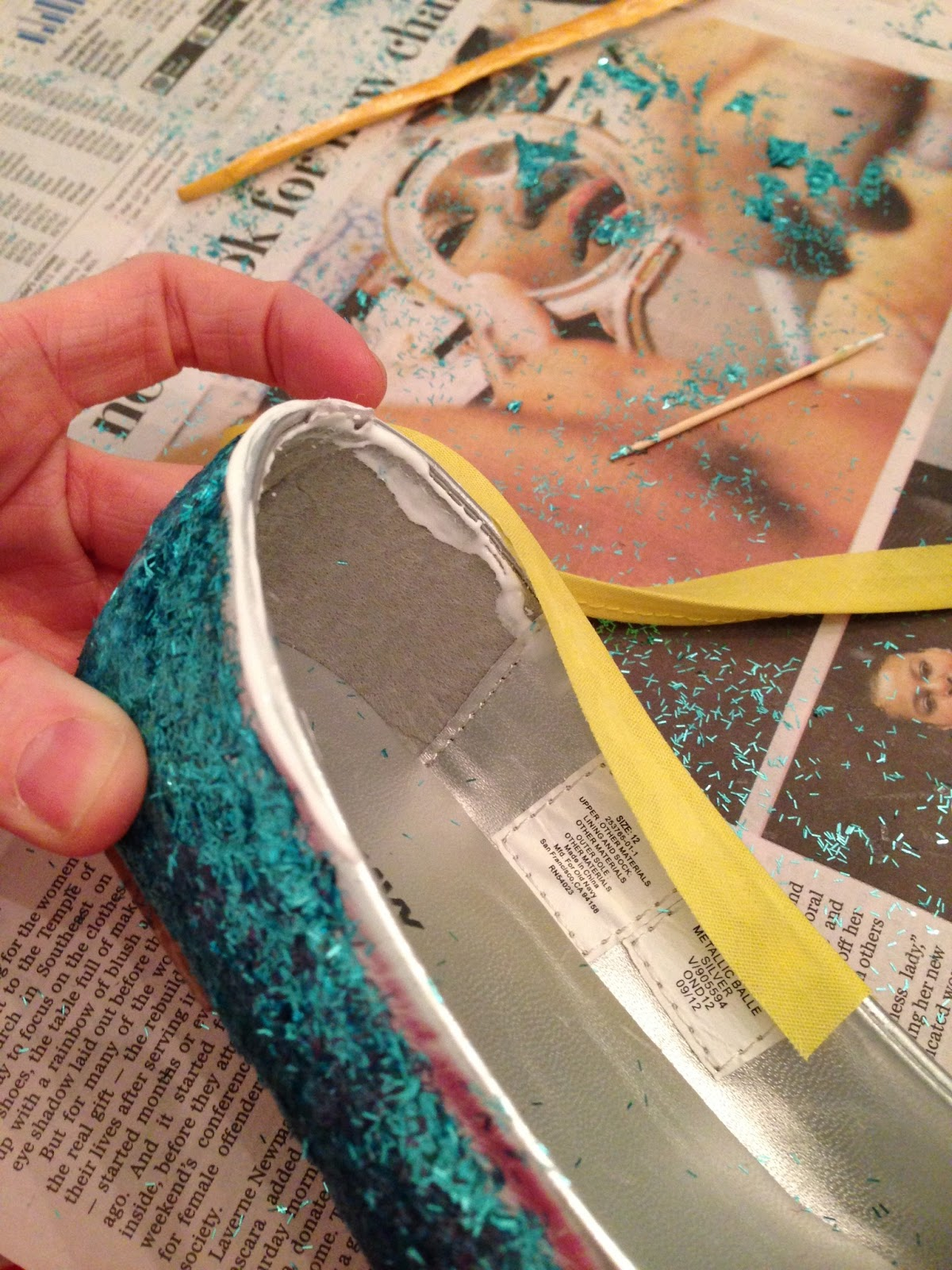 Doe a Deery: Glitter and Trim Your Flats {tutorial ...