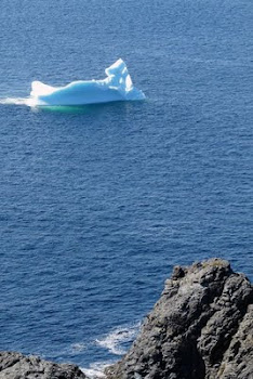 Berg lies north of Twillingate