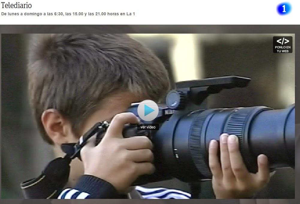 http://www.rtve.es/alacarta/videos/telediario/nino-espanol-gana-premio-fotografia-londres-bbc/2843301/?ext=SM_FBPLAYER_TELEDIARIO