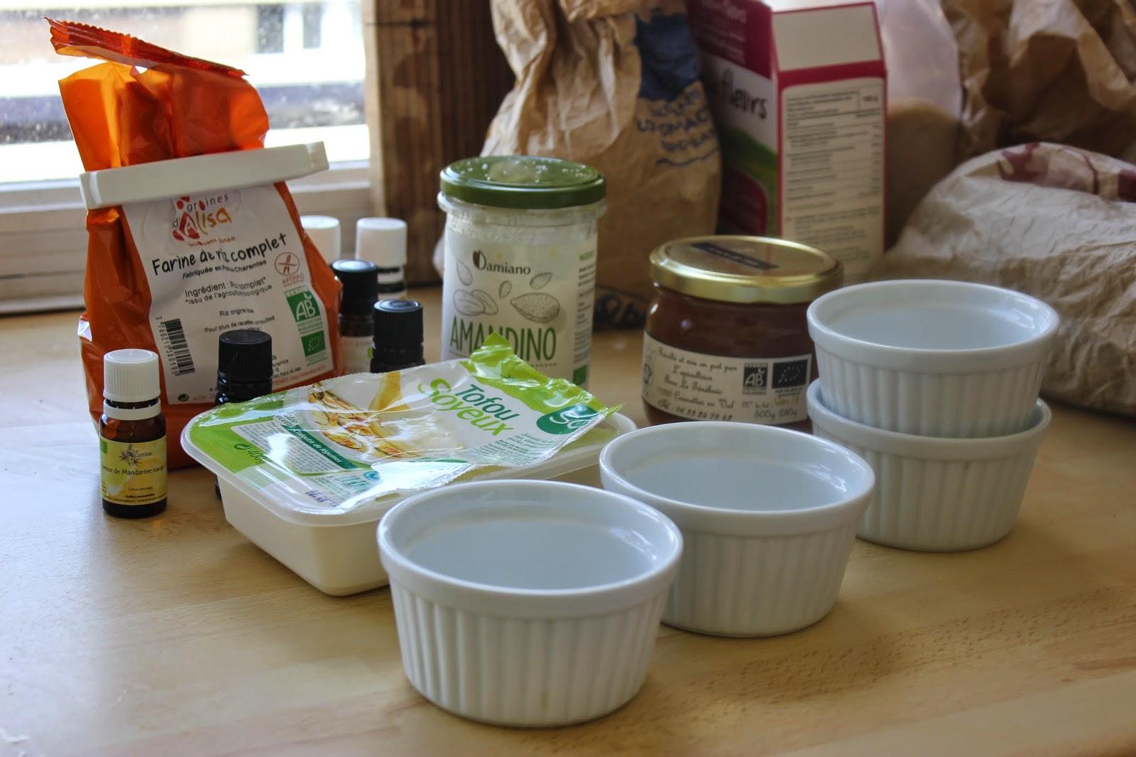 Cuill re et saladier des huiles essentielles en cuisine - Huile essentielle cuisine ...