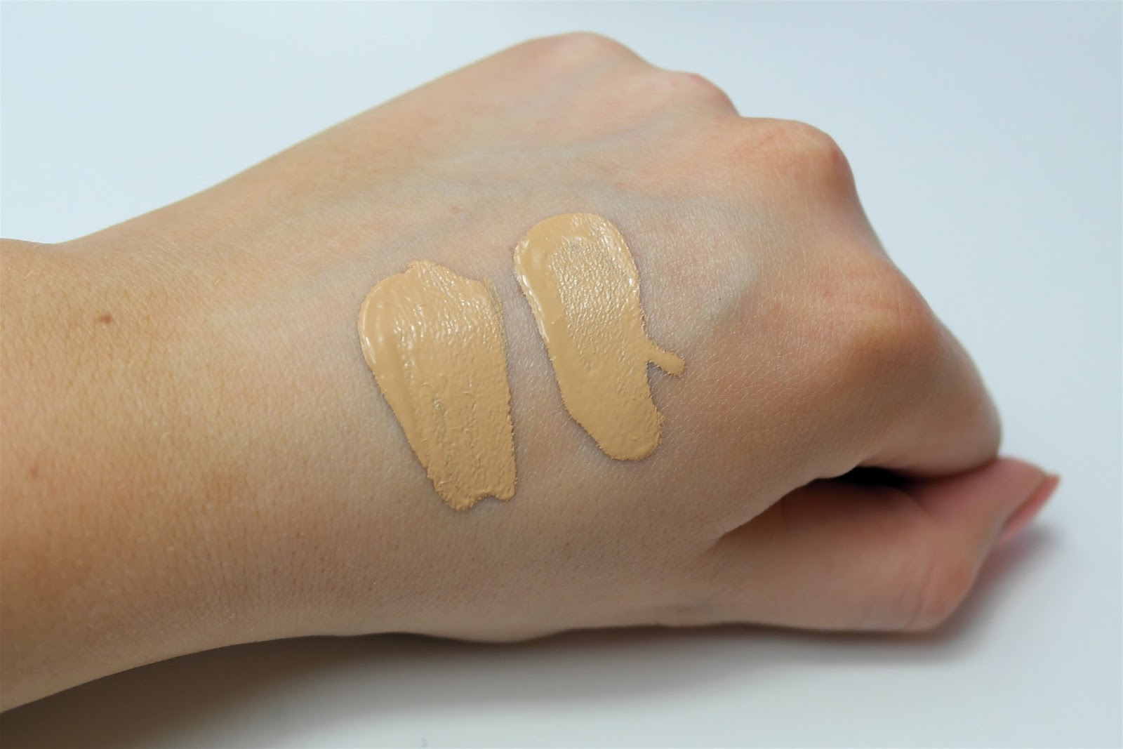 Nars Sheer glow and All day luminous weightless in fuji