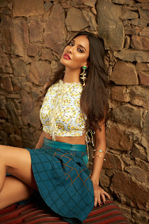 Lisa Haydon Sizzles for Cosmopolitan India February 2016 Picture Shoot