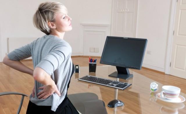 Postura delante del ordenador