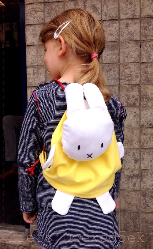 afbeelding van Nijntje rugzak gemaakt door Doekedoek, www.doekedoek.nl