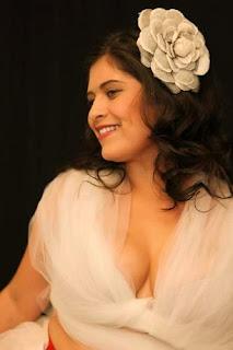 candidata Cris Flores