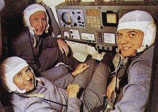 Los Astronautas que murieron Riendo Cosmonautas+rusos