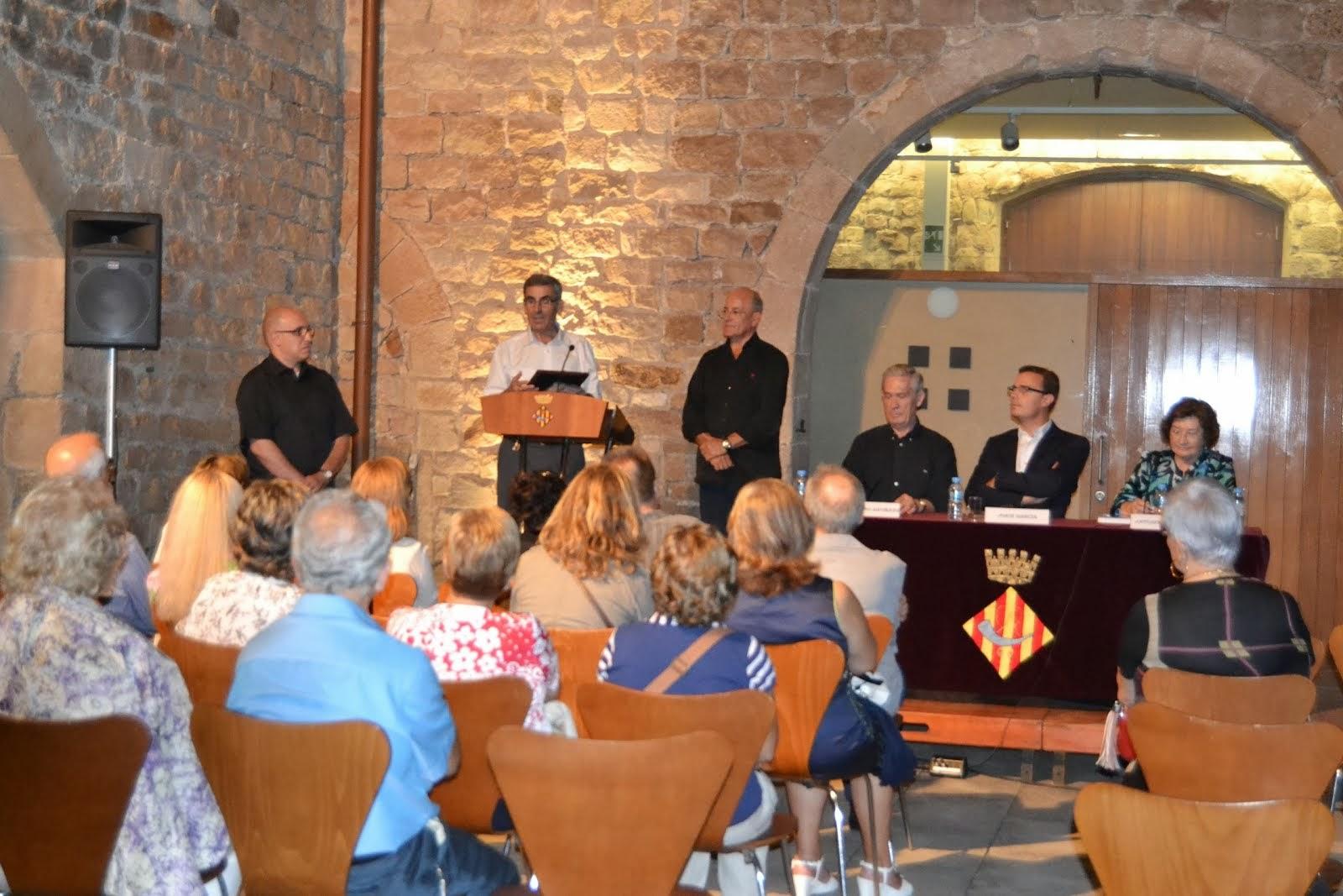 PRESENTACIÓN DEL HIMNO DE NUESTRA ASOCIACIÓN EN EL CASTILLO DE CORNELLÁ (BARCELONA)