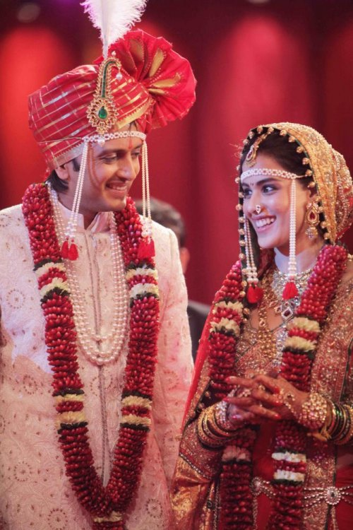 * Ritesh Deshmukh and Genelia D'Souza wedding * ~ Dulha ...