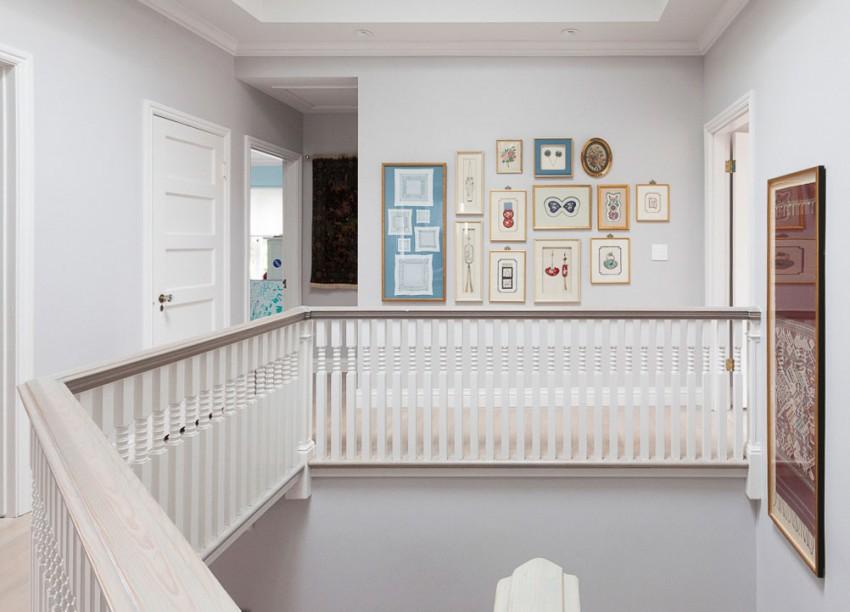 Bridoor s l vivienda con historia cultura y viajes for Paredes grises y puertas blancas