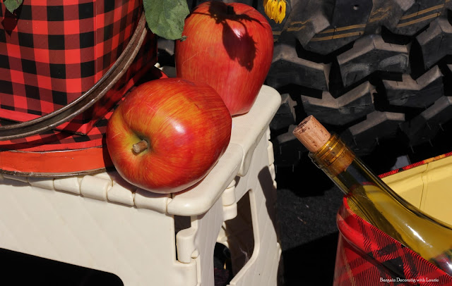 Fall Picnic-Bargain Decorating with Laurie