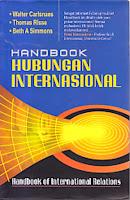 toko buku rahma: buku HANDBOOK HUBUNGAN INTERNASIONAL, pengarang walter calsnaes, penerbit nusamedia