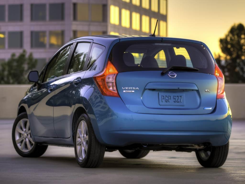vista energético, e segundo a Nissan atinge até 17 Km/l de gasolina