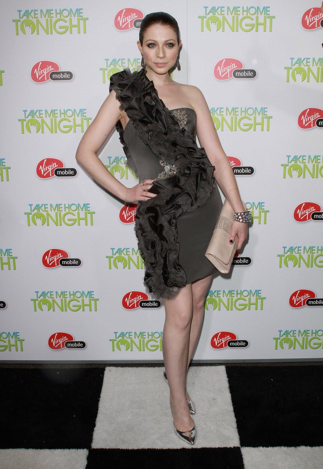 http://4.bp.blogspot.com/-xoIBEmLLSxI/TbnpX4KNgZI/AAAAAAAAHfU/FLLsh26akTw/s1600/Michelle_Trachtenberg_Take_Me_Home_Tonight_Premiere_J0001_031.jpg