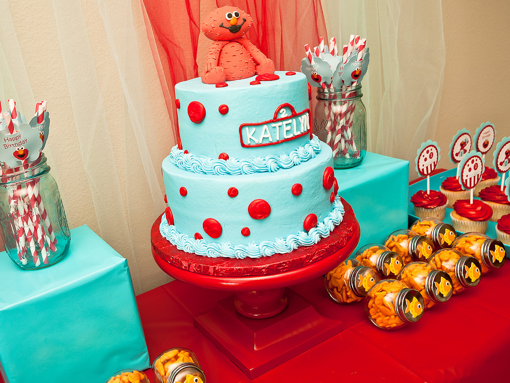 Karas party ideas red and turquoise elmo party sesame street elmo pinata polka dot balloons party city httppartycity diy cake stand hobby lobby httphobbylobby solutioingenieria Image collections